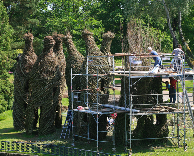 Interview with American Sculptor Patrick Dougherty 4