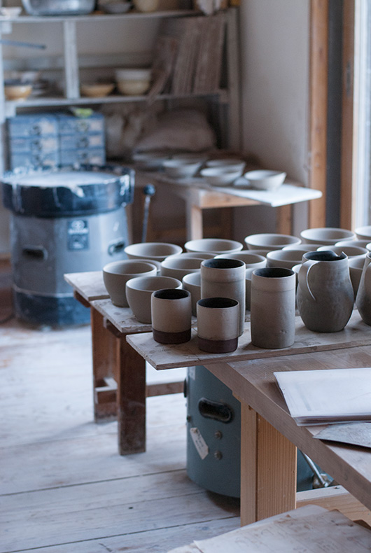 Some great looking vases and cylinder, all made at the Inima pottery studio in Japan