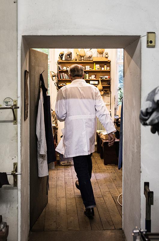 Carl Aubock exiting his studio space in Vienna, Austria.