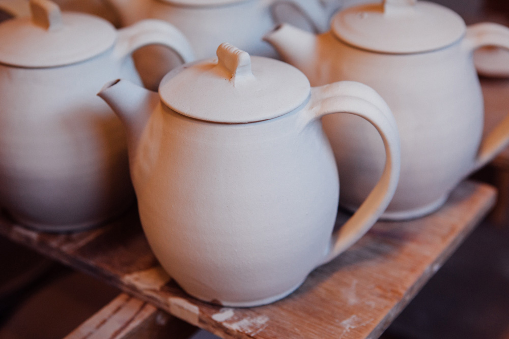 Tall Teapot by Katsufumi Baba.