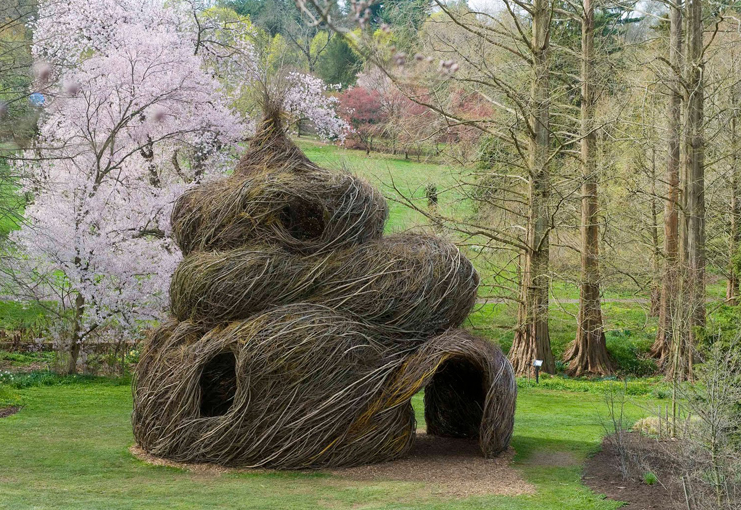 Straw House by Patrick Dougherty