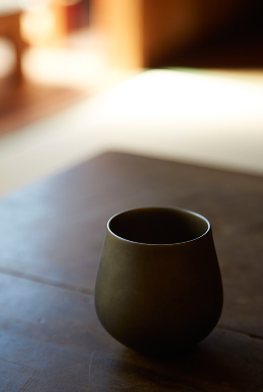 Antique cup by Akihiko Sugita.