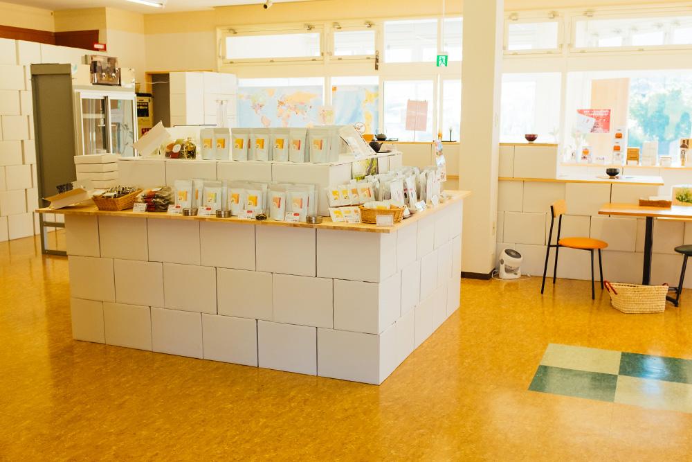 The d:matcha shop interior.